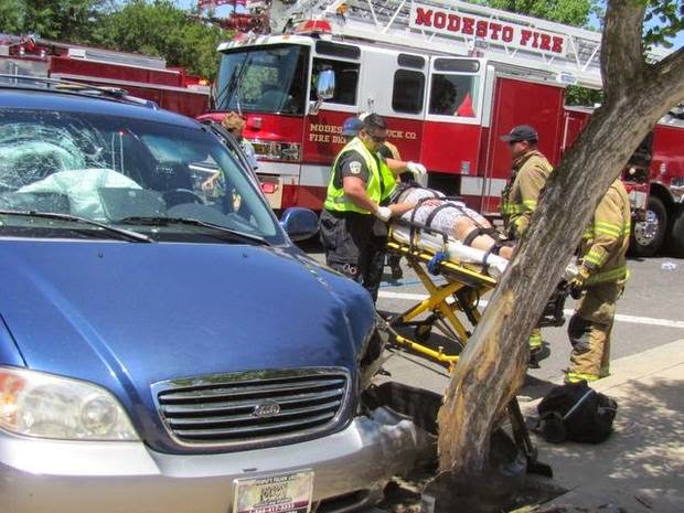 modesto multi-vehicle crash kia minivan ford car motorcycle needham olive street