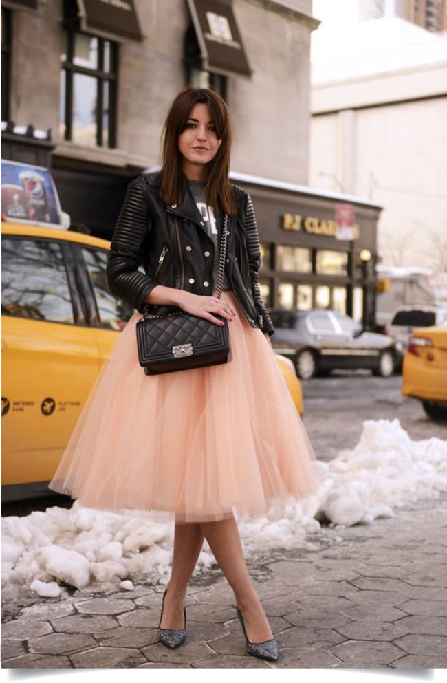 saia de tule com jaqueta de couro-tulle skirt with leather jacket-roupas femininas-dicas de moda-roupas femininas-moda, blog de moda