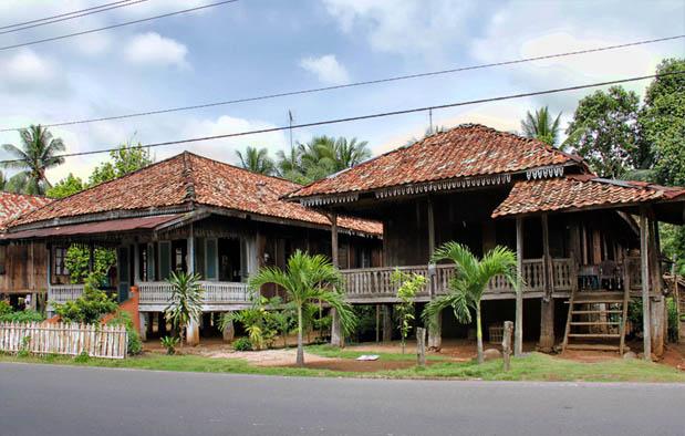 Rumah Adat Indonesia Tradisikita