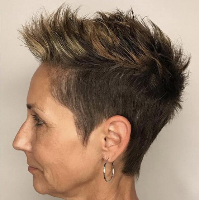 short hairstyles for older women 2019