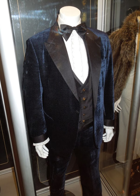Christian Bale American Hustle movie costume