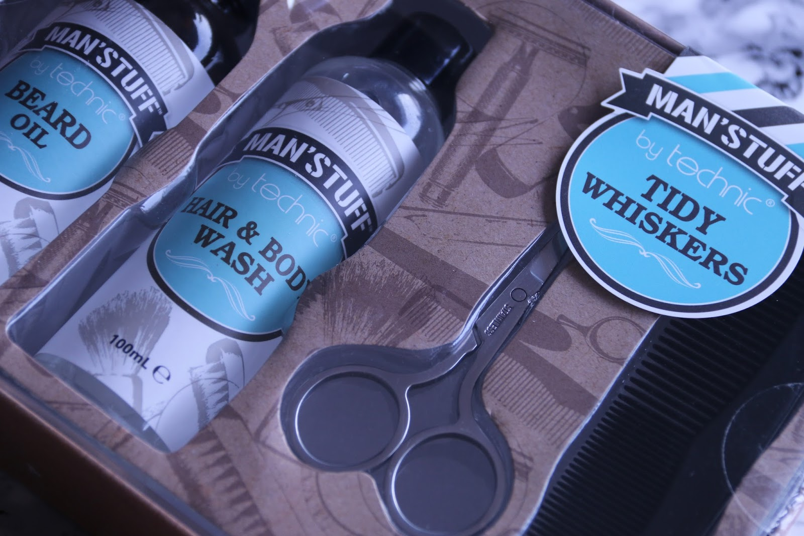 Man's Stuff by Technic Tidy Whiskers Gift Set Image