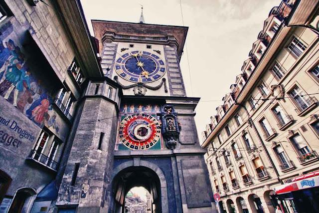 Zytgloggeturm, la torre del reloj de Berna, Suiza.