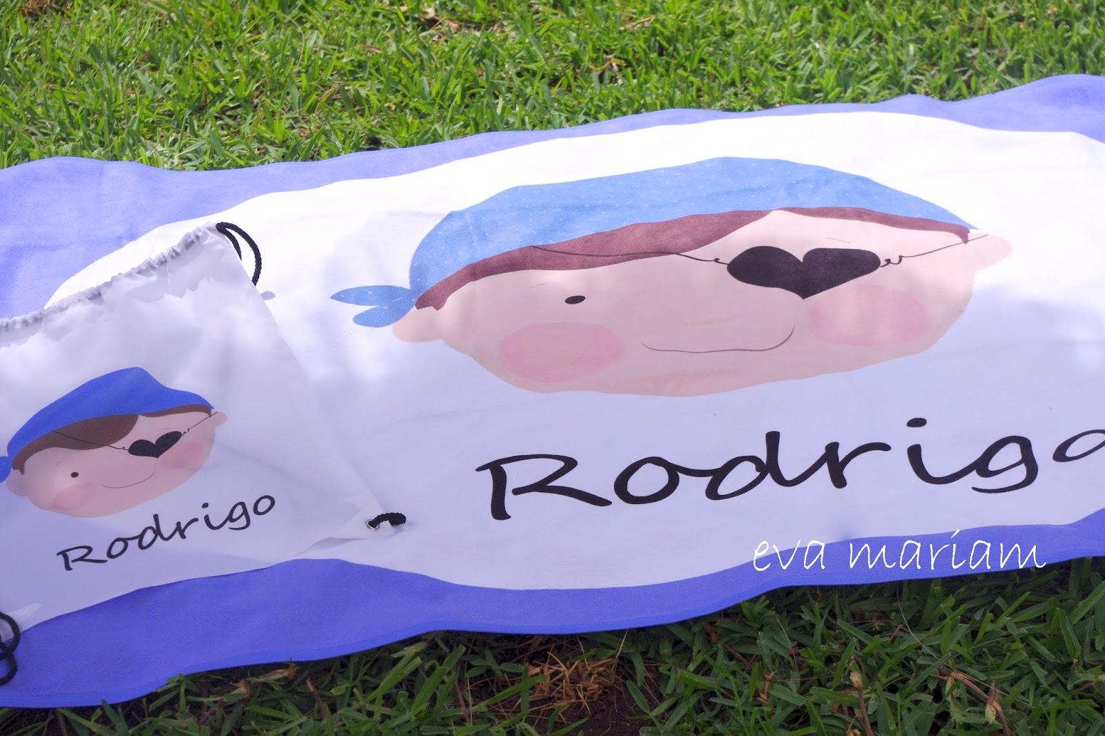 Eva mariam toallas y mochilas personalizadas ideales para - Toallas piscina ...