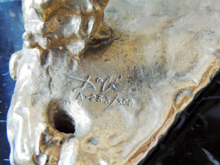 Escultura Salvador Dalí numera y firmada.