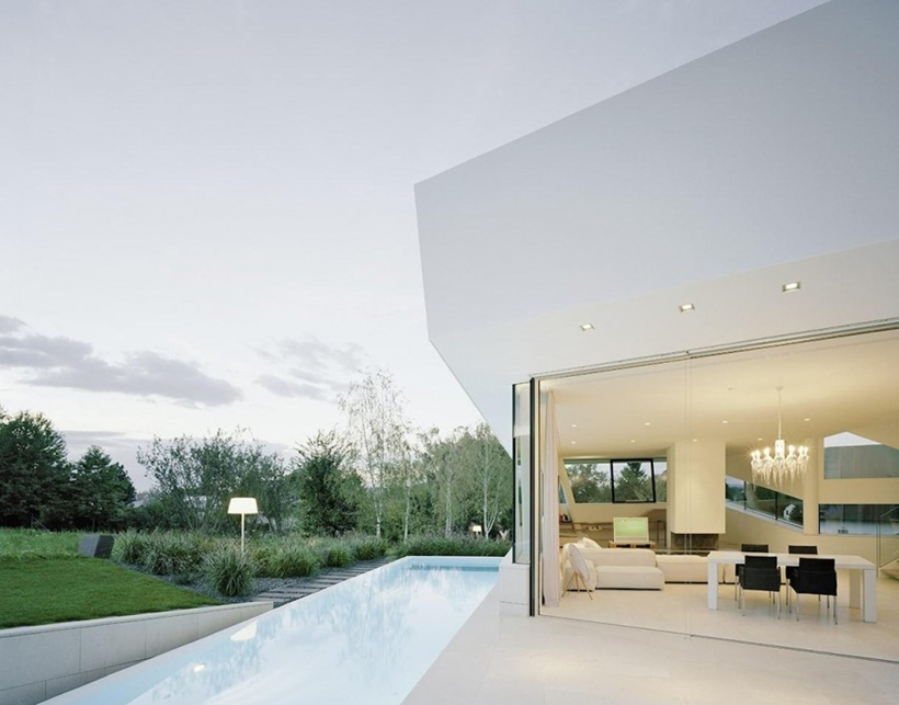 Swimming pool of Villa Freundorf by Project A01 Architects