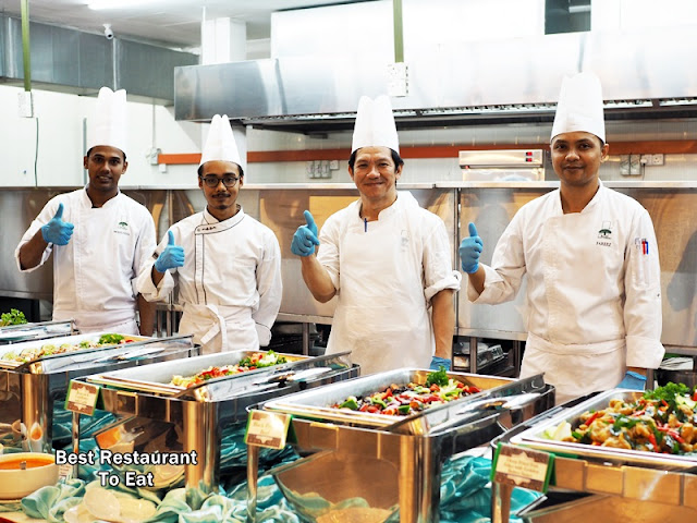 Chef at Ramadhan Buffet 2018 Bangi Golf Resort BGR Selangor
