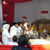 Bertemu di TPS, Sandi dan Guruh Soekarnoputra Saling Bersalaman