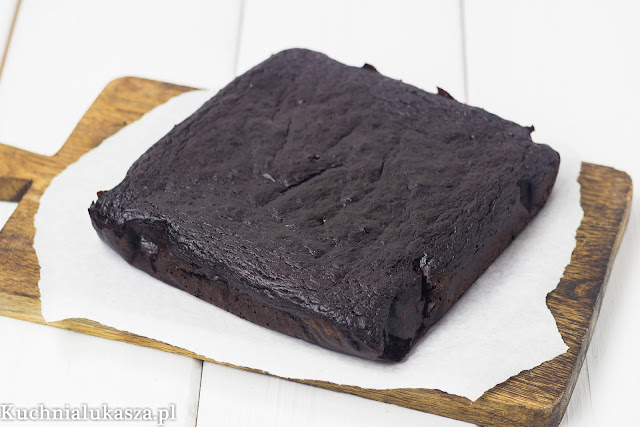 Ciasto czekoladowe bez cukru, maki i tluszczu