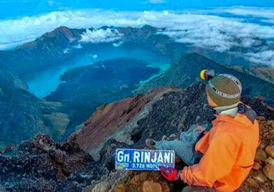 gunung Indonesia, jalur pendakian gunung, gunung terindah di Indonesia, gunugn rinjani lombok
