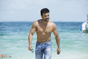 Dhruva shooting at brisk pace in Hyd-thumbnail-1