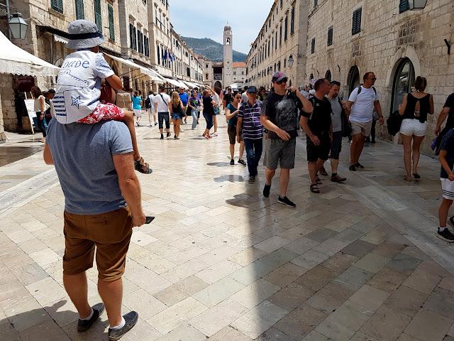 Chorwacja 2018 - Chorwacja z dzieckiem - Dubrownik - Wzgórze Srd - Wyspa Lokrum - Perła Adriatyku - kolejka na Wzgórze Srd - jak wjechać na Wzgórze Srd