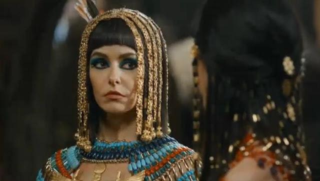 Rainha Tiny (Bianca Reinaldi), José do Egito, figurino, enfeites de Cabelo