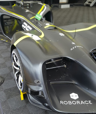 The first autonomous race car up the Goodwood hill - Roborace