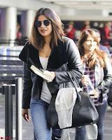 Priyanka Chopra Spotted in New York Stunning Beauty Queen Nov 2017 ~  Exclusive Galleries 019.jpg