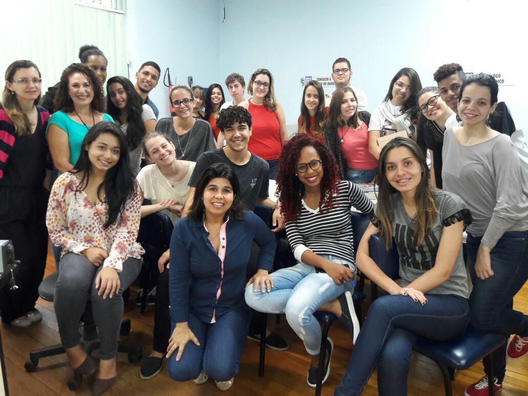 Equipe da Biblioteca da Escola de Enfermagem (BENF)