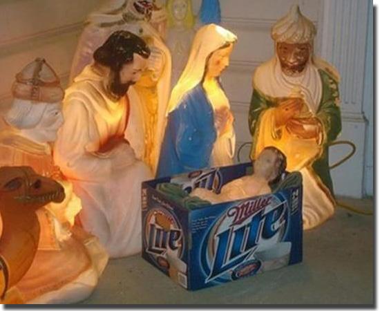 Natal Fail - As decorações mais infelizes do mundo - Presépio improvisado