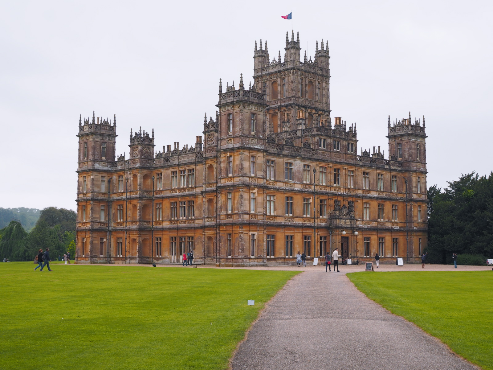 placefordreams.downtonabbey.jpg
