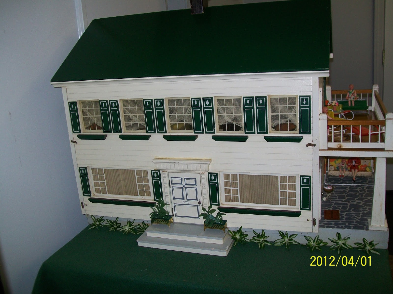 Dollhouse Shenanigans More Houses