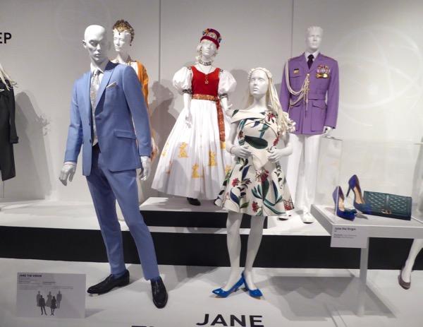 Jane the Virgin season 2 costumes