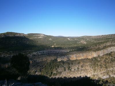 Vistas desde el Cerro de Enmedio (Campillos - Sierra, Cañete)