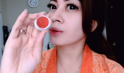 Perawatan Wajah - Cream Jelly Merah Untuk Whitening Glow