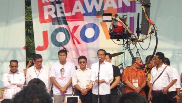 Jokowi Berharap Relawan Tertib di Pernikahan Putrinya
