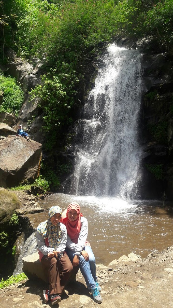 Coban Putri, Waterfall and Sky Photospots