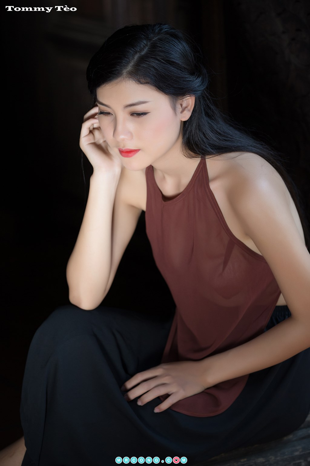 Image Nhung-Nguyen-by-Dang-Thanh-Tung-Tommy-Teo-MrCong.com-009 in post Nóng cả người với bộ ảnh thiếu nữ thả rông ngực mặc áo yếm mỏng tang (19 ảnh)