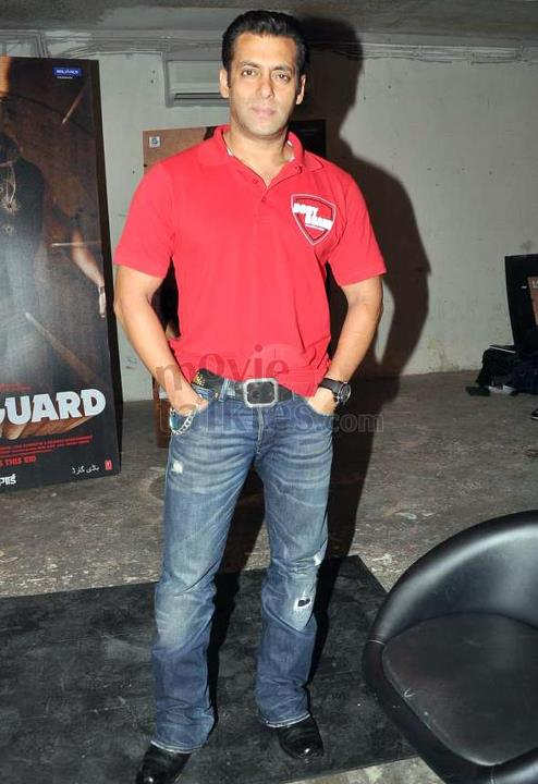 Salman Khan Wear Branded T Shirts Bollywood Jeans And
