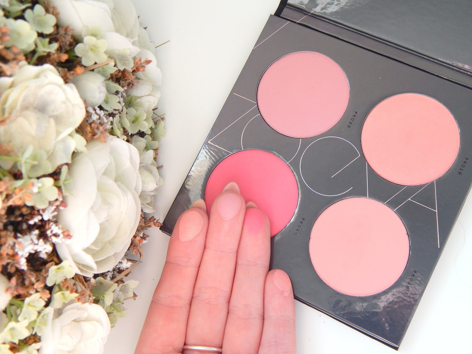 Zoeva Pink Spectrum Blush Palette Swatches