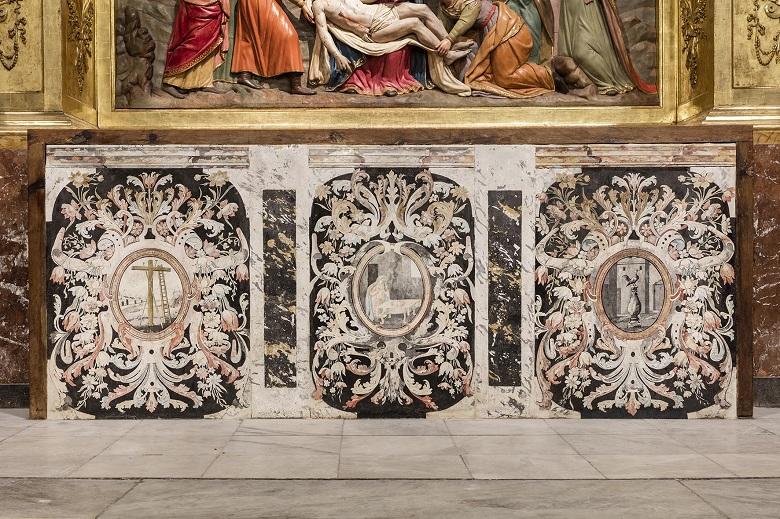 Altar del retablo restaurado