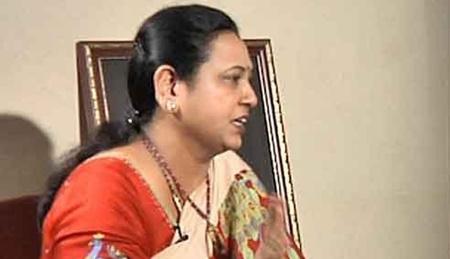 Ready to face Rajinikanth in politics – Premalatha Vijayakanth