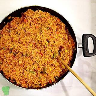Jollof Rice, 5 Popular Ways Nigerians Eat Rice