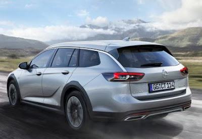 Opel Insignia Country Tourer in adventure outfit