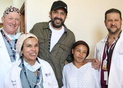 Foto de Juan Luis Guerra en su Fundación