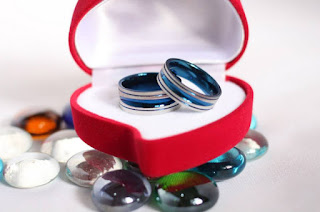 box cincin couple warna merah