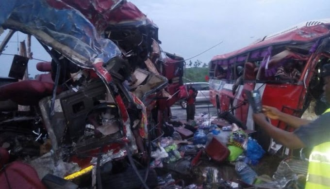 11 passengers dead in gory accident at Suhum