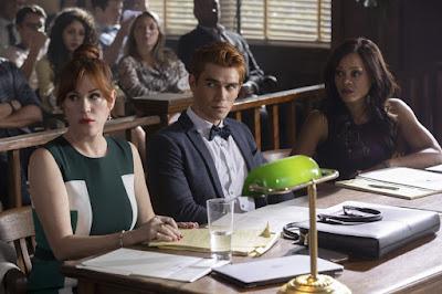 Riverdale Season 3 Molly Ringwald Robin Givens Kj Apa Image 1