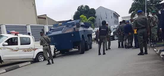 PHOTOS: Police Stops Gov. Wike Convoy At PDP Convention.