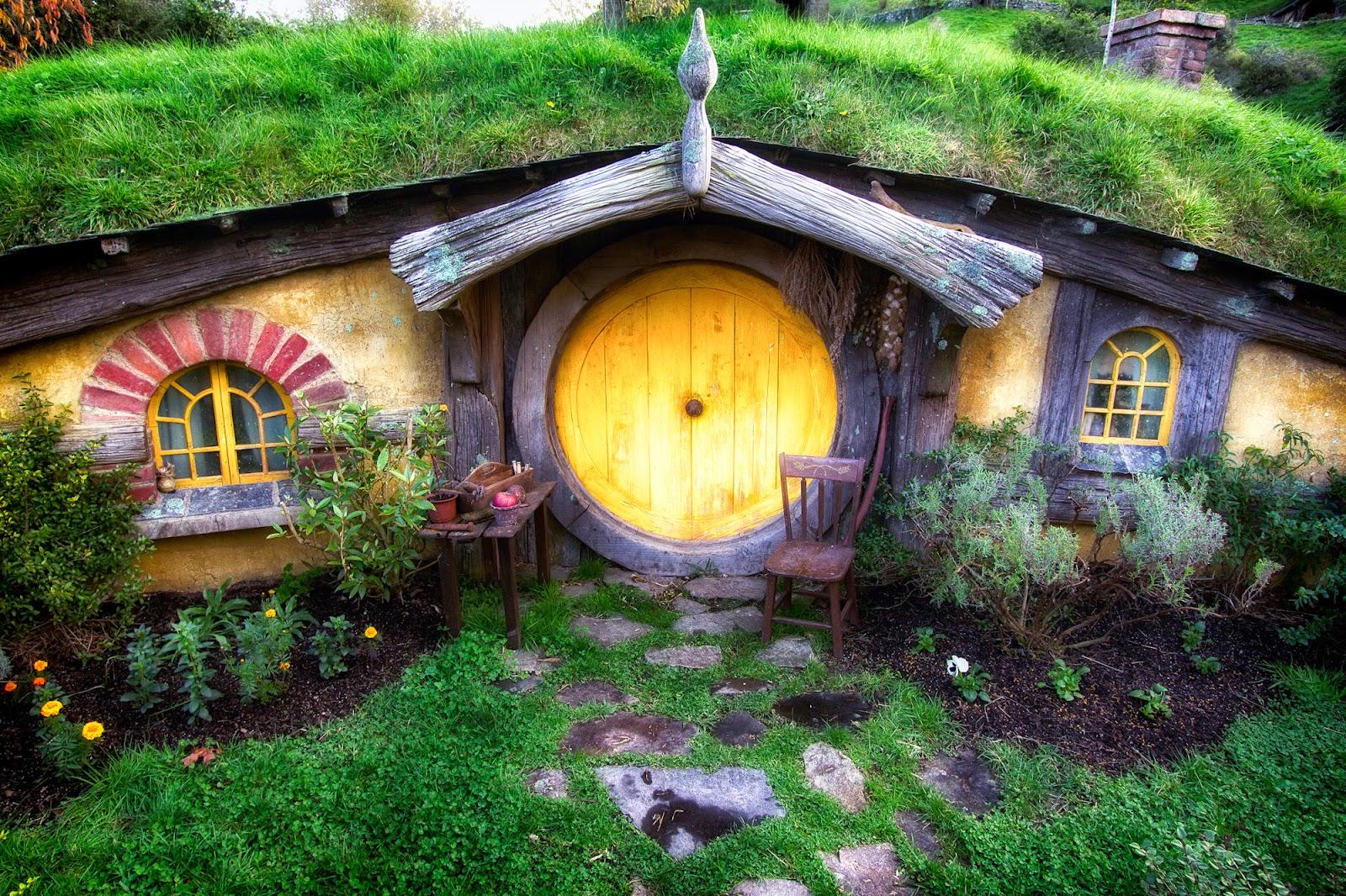 Hobbit House in New Zealand  La Casa Del Hobbit en Nueva