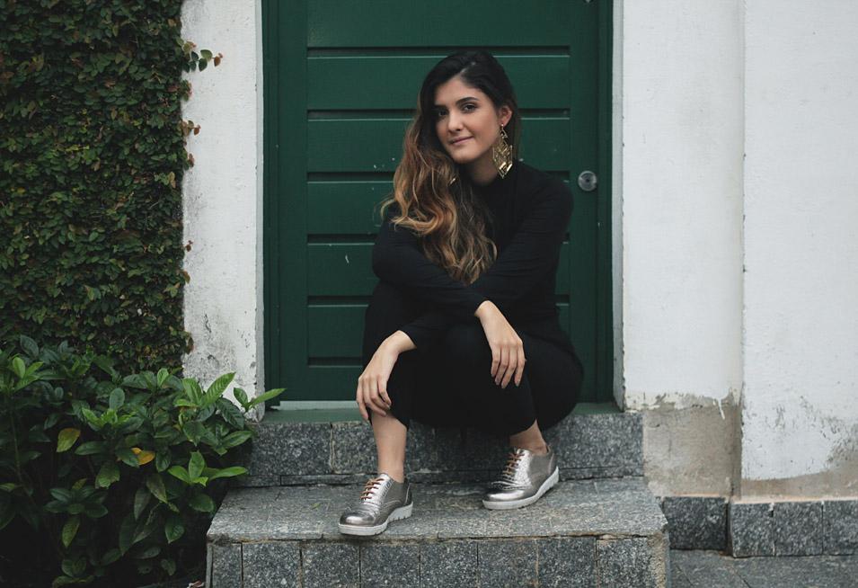 Estou Usando: Preto Simples - Talita Vieira