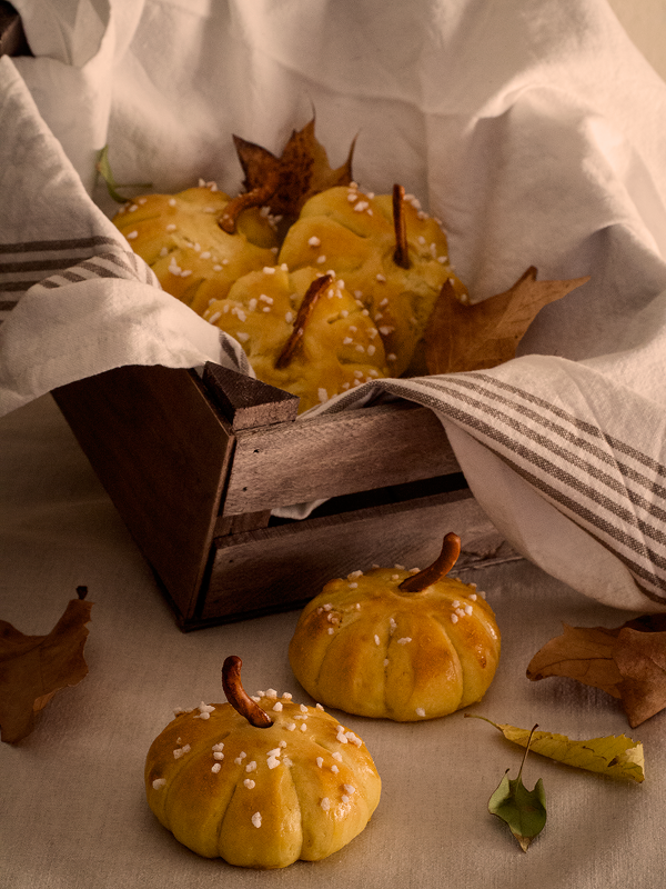 calabacitas-de-pan pumpkin-bread-rolls