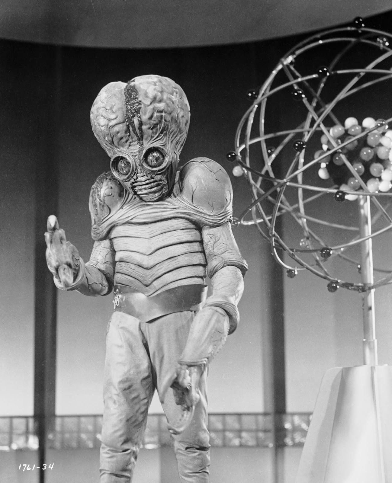 Vintage Aliens 22