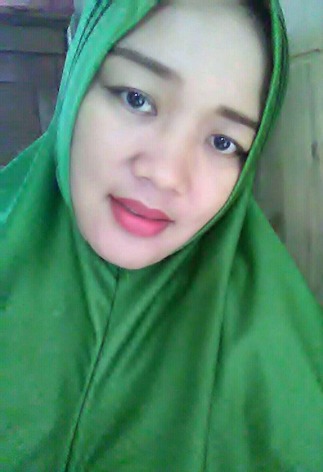Wanita Muslimah Cantik Siap Nikah