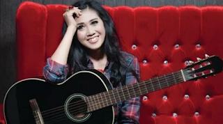 Download Lagu Mp3 Terbaik Erie Suzan Full Album Lengkap