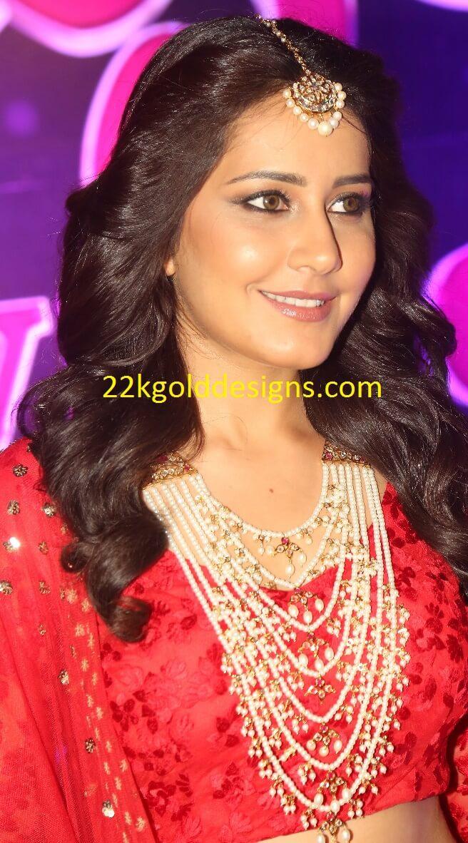 Raashi Khanna in Pearl Rani Haar