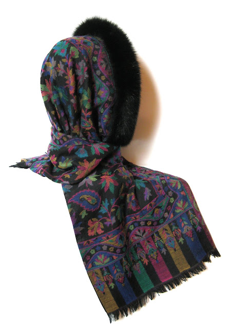 cashmere tørklæde, uld tørklæde, uld hue, pels hue, uld hat, pelshat, pelshuer, pelshatte, samarkanddk, jane eberlein, julegaver, pashmina, pels hætte, pels krave
