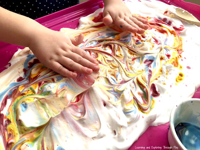 Shaving Foam Marbling with Food Colouring. Sensory Play for kids.