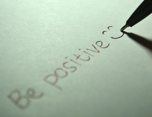 Cara Berpikir Positif (Untuk Kebahagiaan & Ketenangan Jiwa)